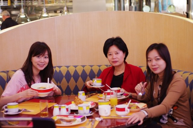 2010香港迪士尼雪亮聖誕…我愛迪士尼^0^