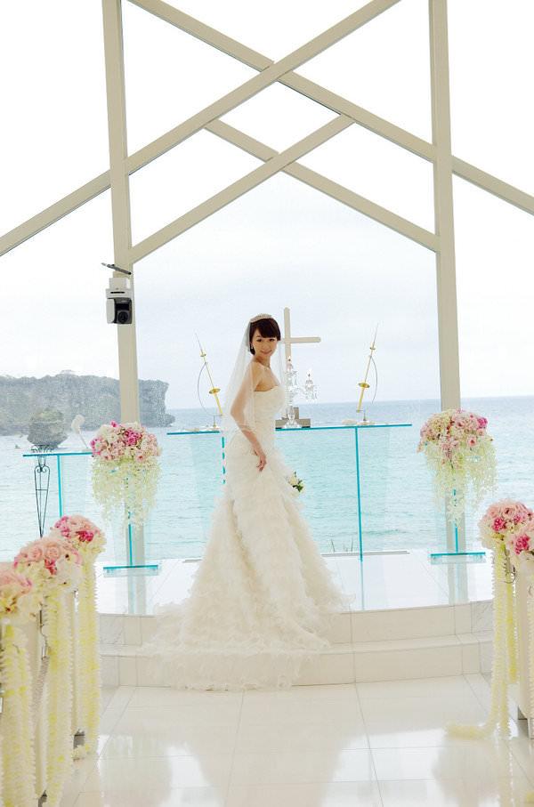 碧海藍天+純白教堂的夢幻婚禮♥沖繩婚禮體驗派對♥