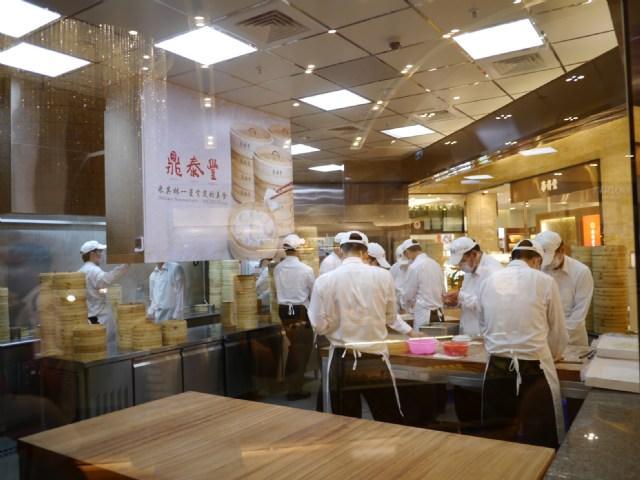 台中大遠百♥鼎泰豐小籠包♥不愧為米其林星級餐廳♥
