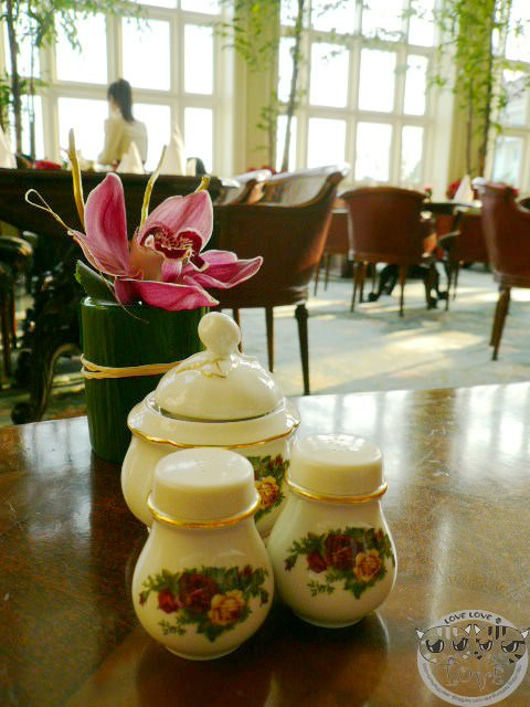 香港迪士尼樂園{雪亮聖誕}之旅….依依不捨的大廳下午茶♥♥♥(完結篇)