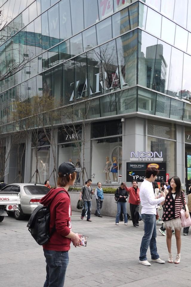 韓國明洞好好逛….美妝+美衣買不完♥♥♥