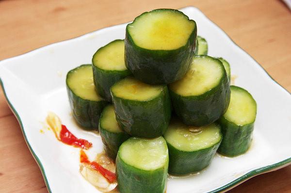 愛媽上菜♥涼拌小菜 雙味黃瓜♥ 歡慶FG BLOG改版不藏私獨家美食分享^0^