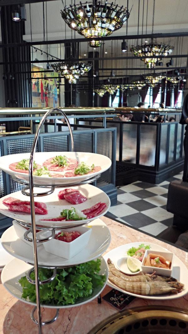 台中頂級燒肉多一家♥紅酒乾杯♥很有貴婦午茶風格的燒肉店^0^